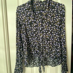 Floral long sleeve top M
